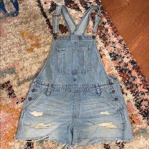 $bogo$ Abercrombie & Fitch medium jean bins shorts